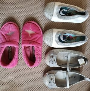 Little girls shoes Size 5/6 (3 Pairs)